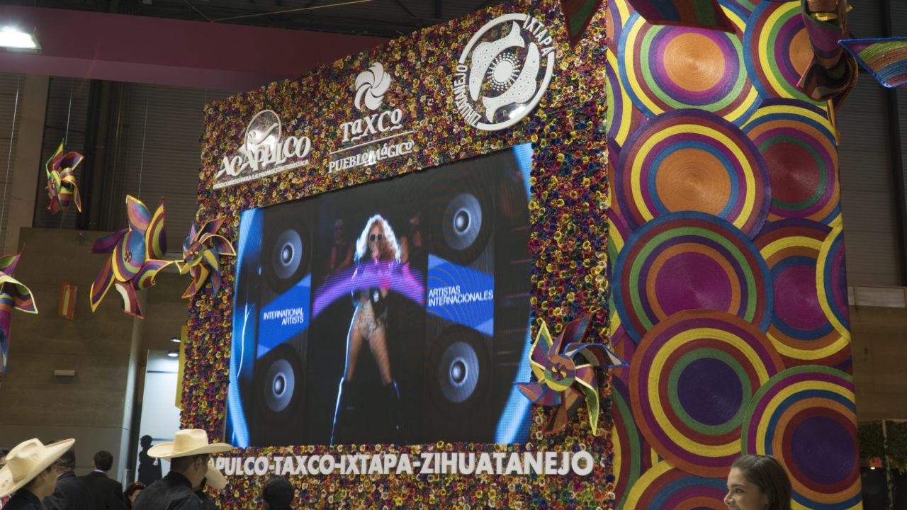 PANTALLA DE LED STAND GUERRERO FITUR18